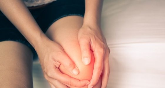 bursitis-causes-symptoms-treatment-WAVE5